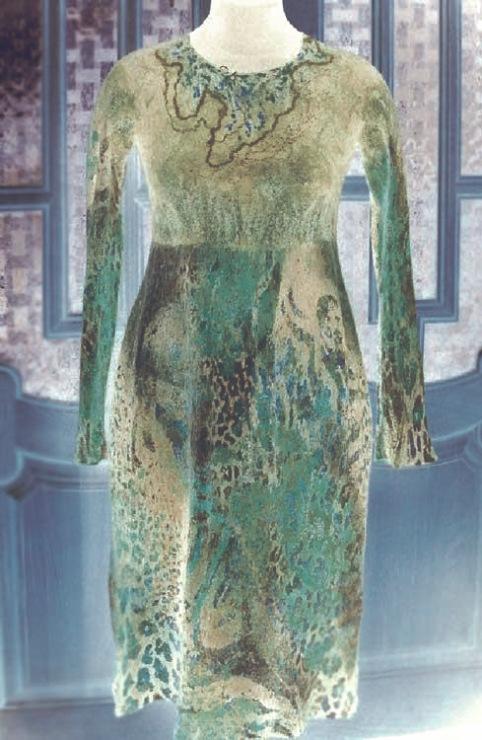21-22 февраля 2015 Мастер-класс по мокрому валянию Лары Соболевой: Цельно валяное платье или жакет на шаблоне.